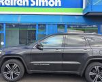 Jeep Grand Cherokee mit Advanti Racing Racoon black 10x21 Zoll