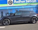 Seat Leon 5F mit Oxigin 18 Concave black full polish in 18 Zoll